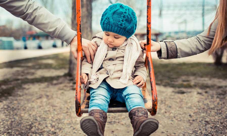 Separazione dei genitori: le regole per aiutare i figli a superare questa fase