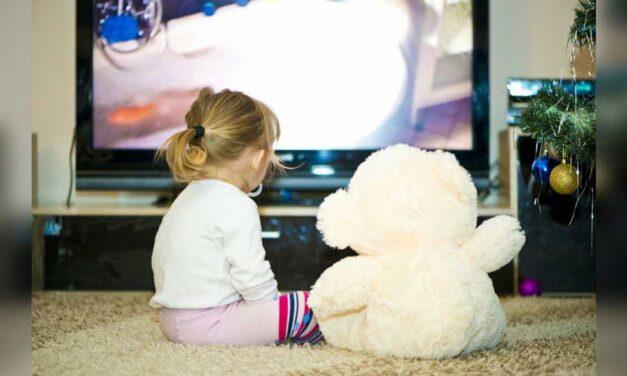 Pubblicità in tv. Quale impatto ha sui bambini?