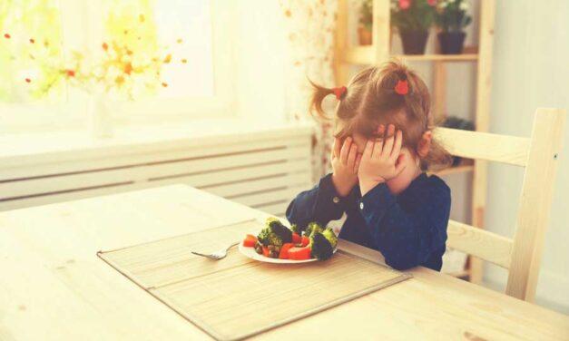 Il bambino rifiuta alcuni alimenti: cosa fare?