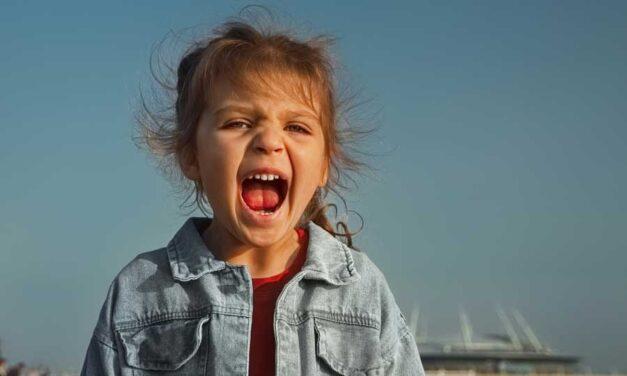 Bambini che urlano e rischio disfonia