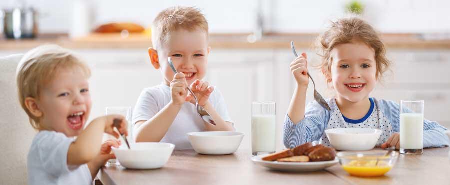 bimbi colazione latte