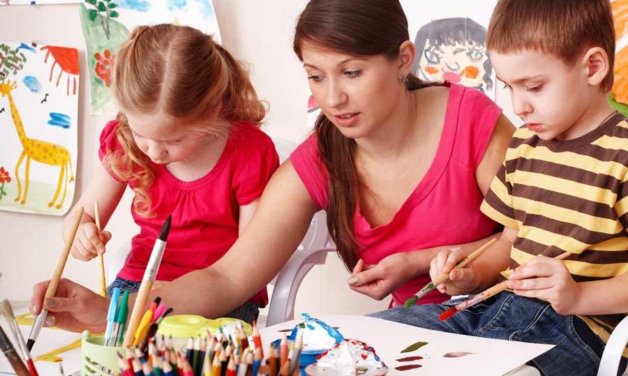 L'antidoto contro la prepotenza educativa: ricordarsi di essere stati bambini