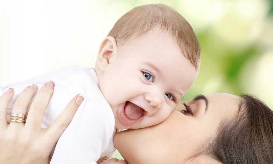 I consigli per affrontare i primi mesi del neonato