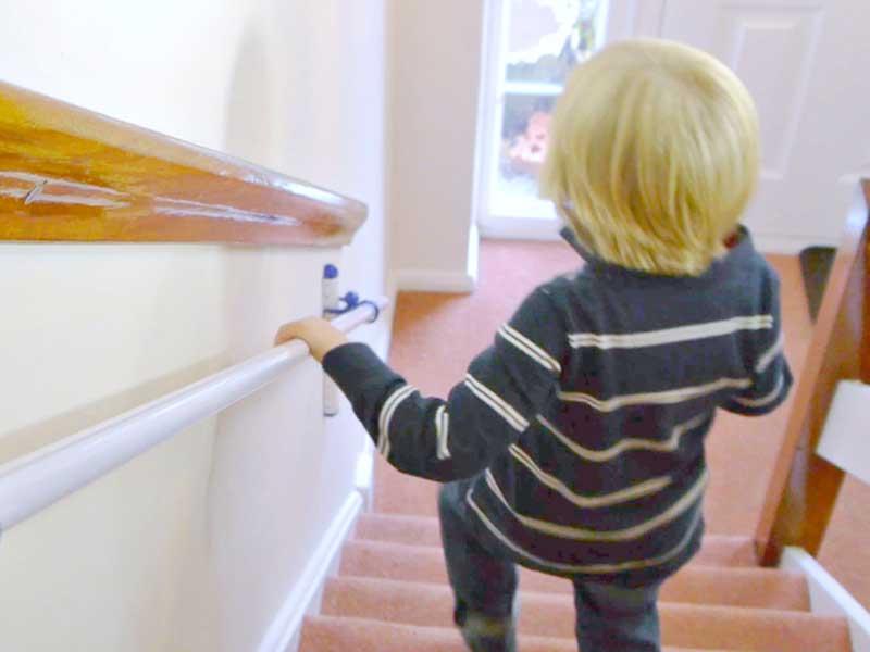 Un corrimano a misura di bambino