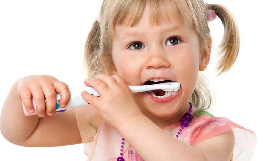 Prima visita dal dentista: qual è l'età giusta?