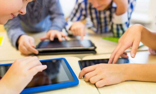 Scuole chiuse, cosa fare a casa: dagli ebook alle app per studiare inglese