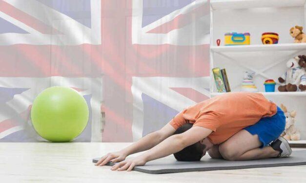 Come insegnare l'inglese ai bambini? Con lo yoga!
